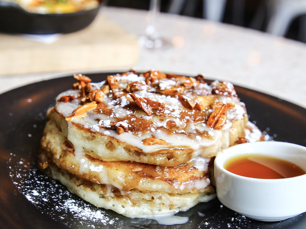 Cinnamon roll pancakes at Catch