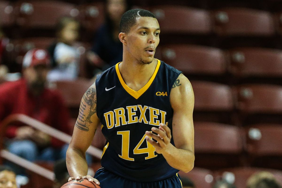 Damion Lee has fulfilled all his obligations, but that's not good enough for Dana O'Neil