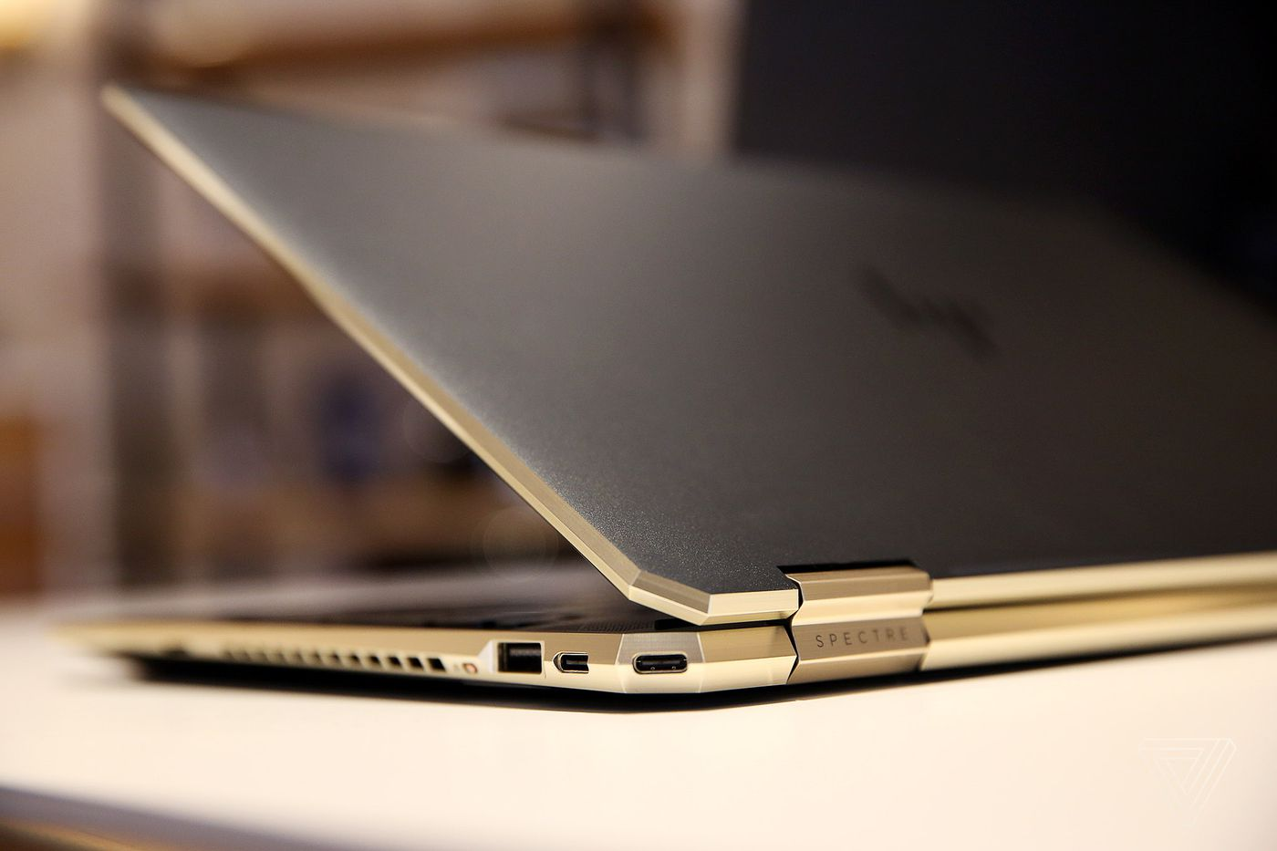 HP's Spectre x360 15 gets upgraded with smaller bezels and a good trackpad  - The Verge