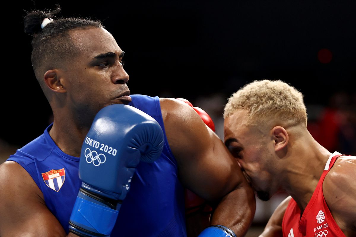 Boxing - Olympics: Day 12