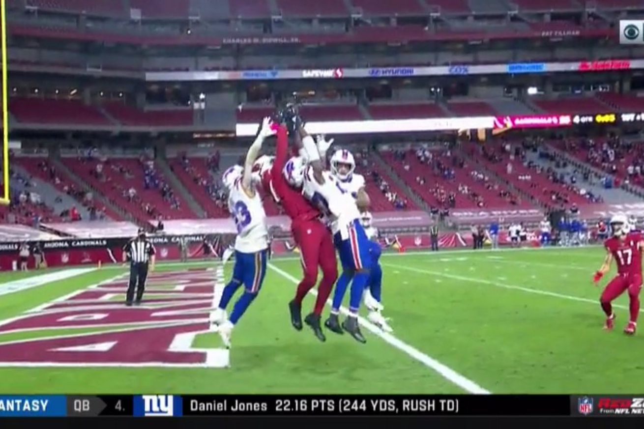 slack imgs.0 - DeAndre Hopkins snatched a Hail Mary away from 3 Bills defenders to win the game