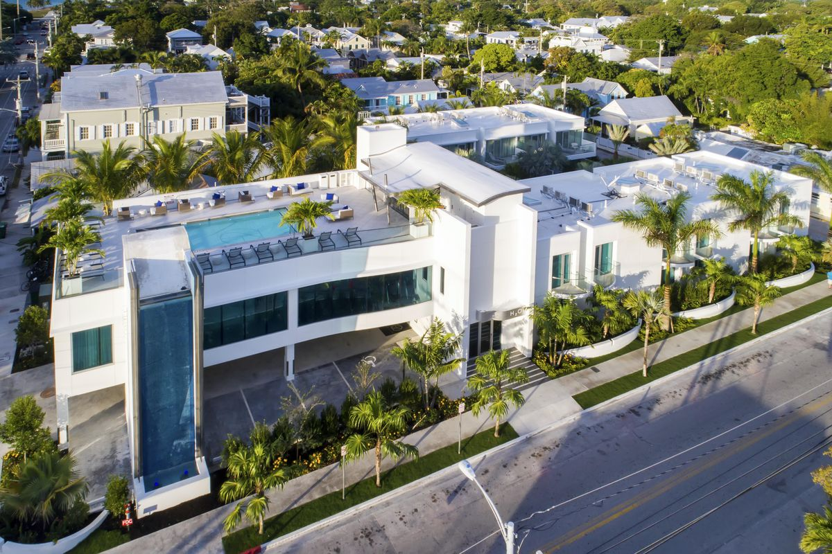 Key West S H2o Suites Opens Modern Hotel Near Southernmost Point Curbed Miami