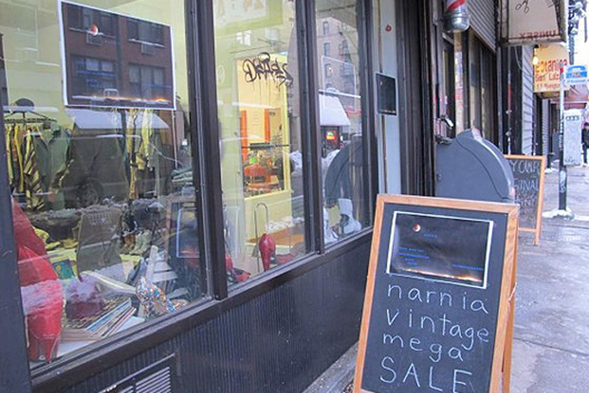 """Image via <a href=""""http://www.boweryboogie.com/2011/01/narnia-vintage-pop-up-at-129-rivington/?utm_source=feedburner&amp;utm_medium=feed&amp;utm_campaign=Feed%3A+BoweryBoogieALowerEastSideChronicle+%28Bowery+Boogie+%7C+A+Lower+East+Side+Chronicle%29"""
