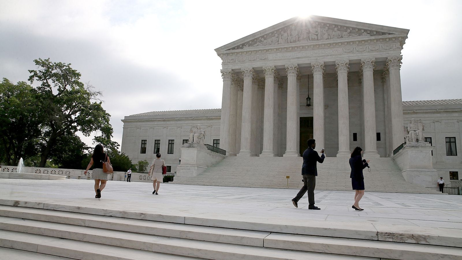 Supreme Court rules in favor of Obamacare in King v ...