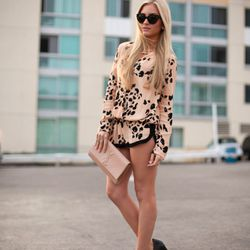 """Sophie of <a href=""""http://angelfoodstyle.com""""target=""""_blank"""">Angel Food Style</a> is wearing a Sam & Lavi <a href=""""http://www.revolveclothing.com/DisplayProduct.jsp?product=SAND-WS117&c=SAM%26LAVI&AID=10568535&PID=4441350&utm_medium=affiliate&utm_source=c"""