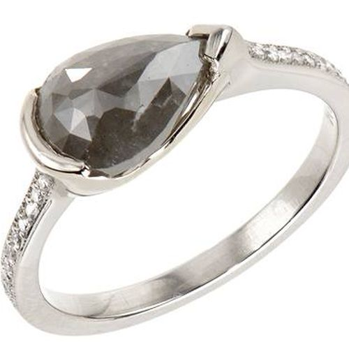 La S 15 Best Jewelry Stores For Stunning Engagement Rings