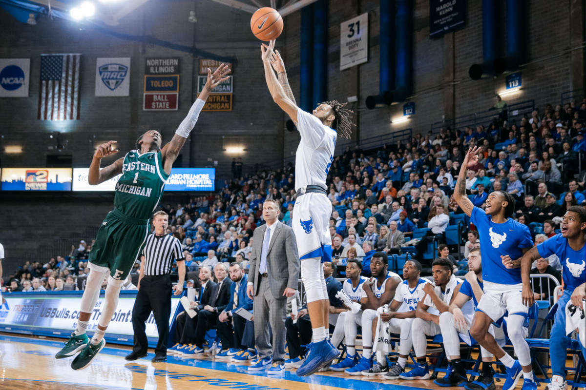 UB Men's Basketball knocks off Eastern Michigan, 83-69 ...