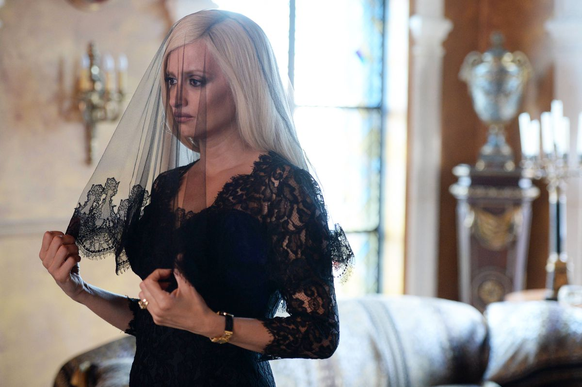 Penélope Cruz as Donatella Versace in The Assassination of Gianni Versace: American Crime Story.
