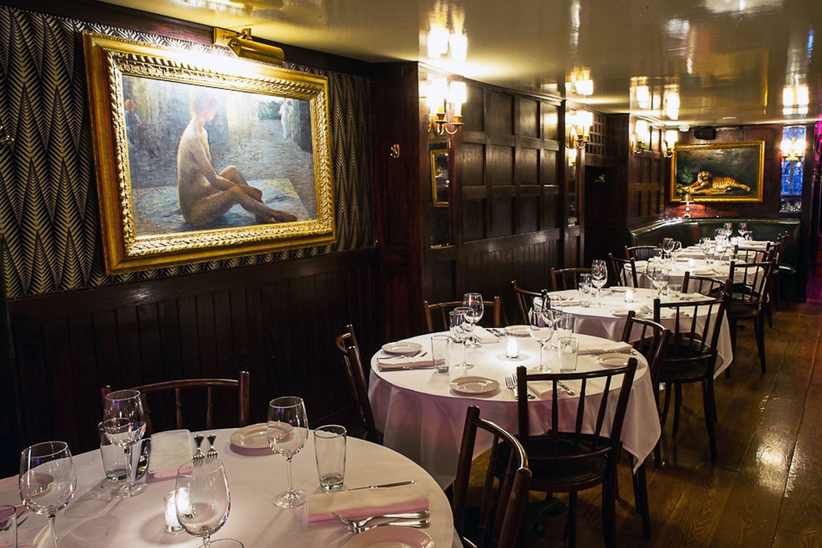 [Graydon Carter's The Beatrice Inn. A fine place to grab a drink on this Thursday in early September.]