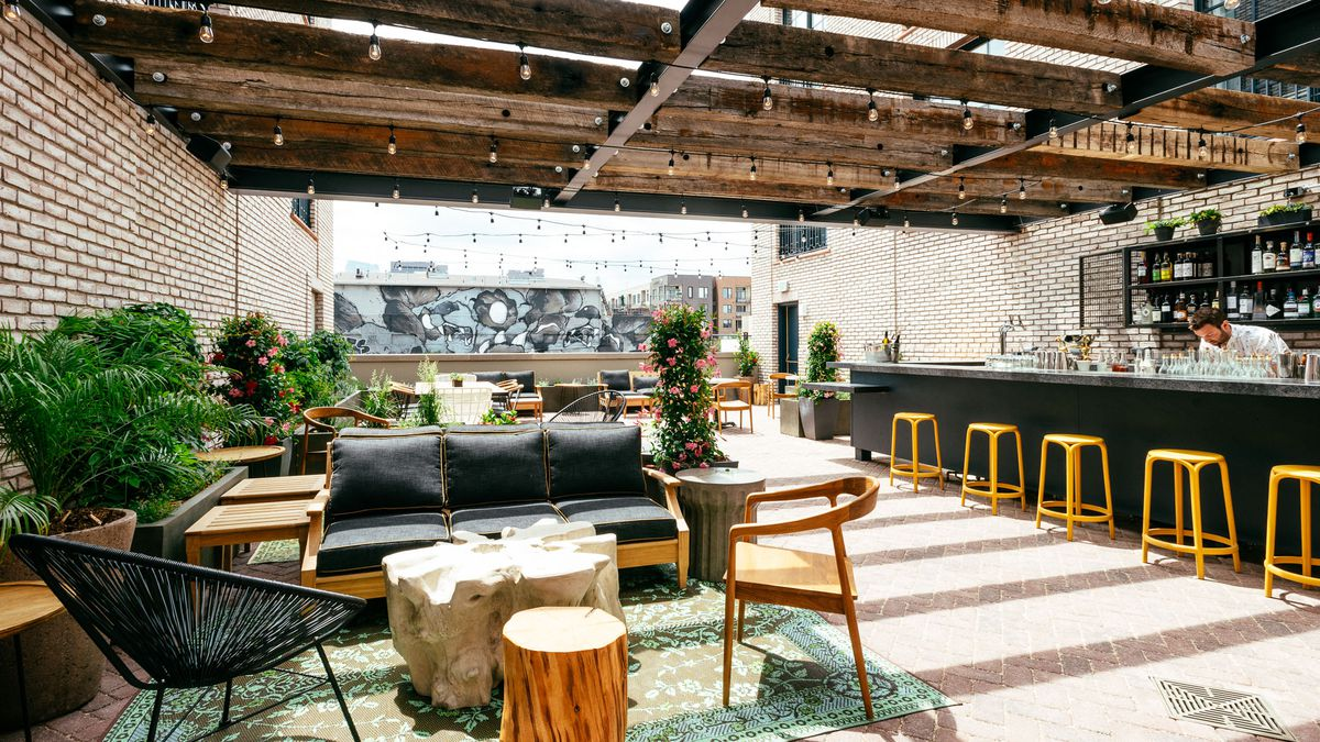 The Ramble Hotels 100 Person Rooftop Garden Opens Friday Afternoon To Public Ryan Dearth Eater