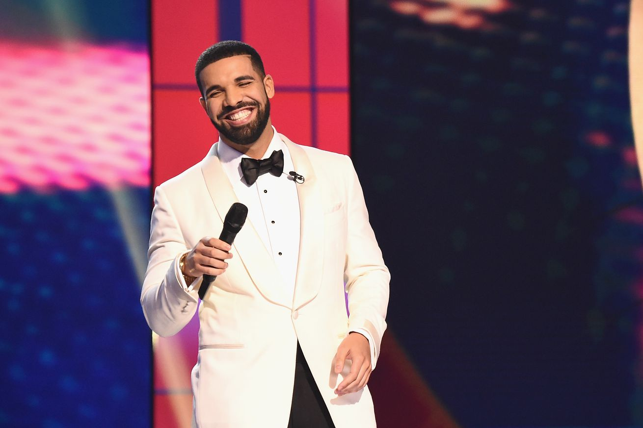 drake s in my feelings music video thanks the internet for blowing the song up
