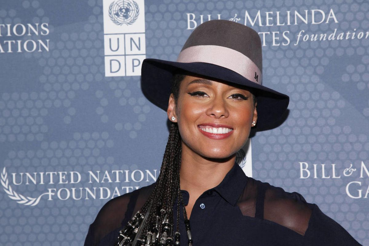 Alicia Smiles alicia keys is asking a simple question to save kids and