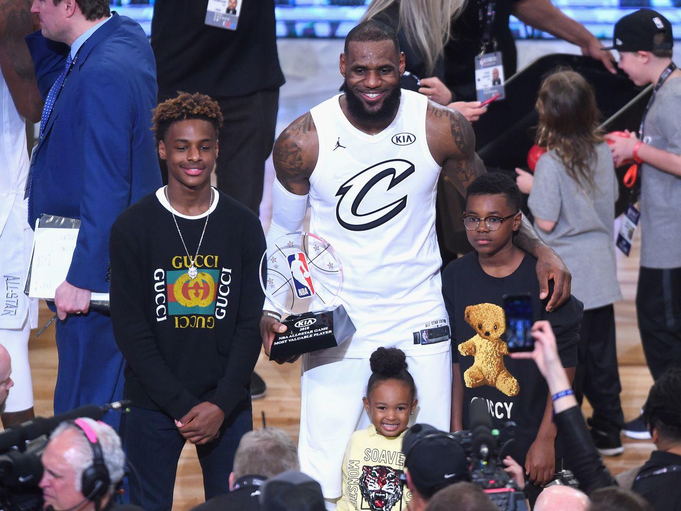 LeBron James' son is a 13-year-old superstar  Meet Bronny James