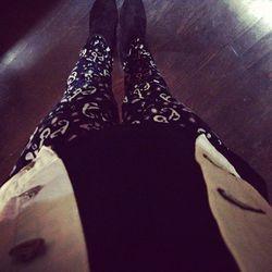 """Off to the store opening party for Rag & Bone in everything @rag_bone!"" via <a href=""http://instagram.com/p/RRJ63FlLeQ/"">Kiernan Shipka</a>"