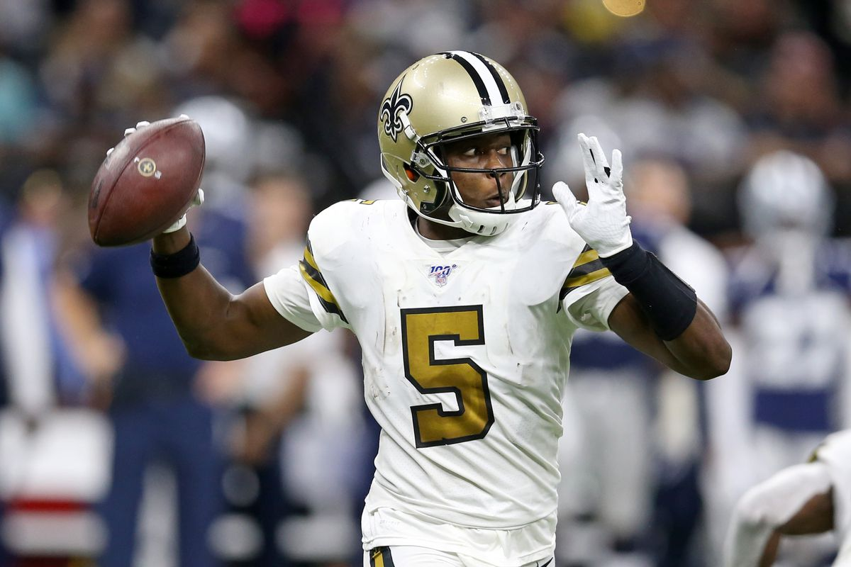 New Orleans Saints quarterback Teddy Bridgewater makes a throw in the second half against the Dallas Cowboys at the Mercedes-Benz Superdome.