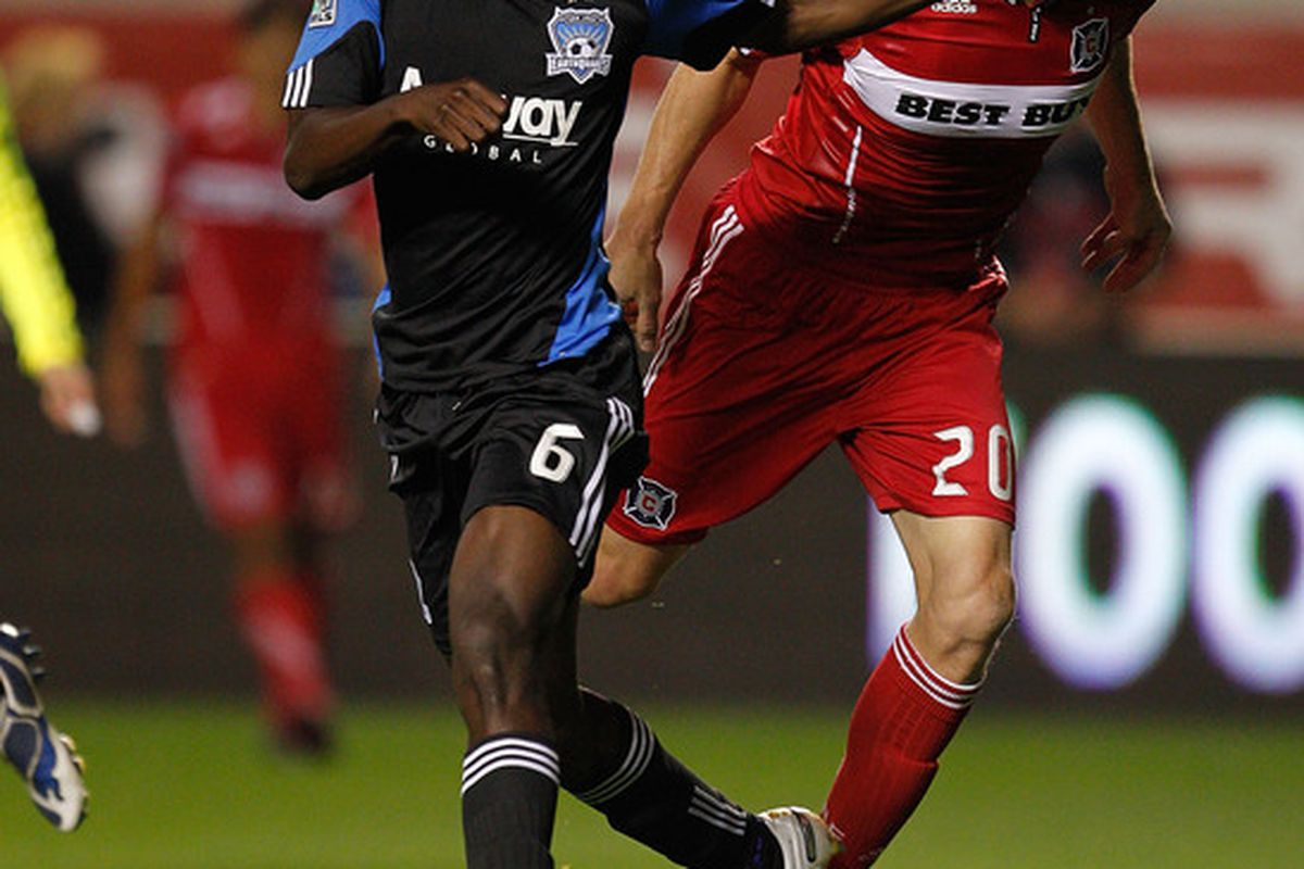 Earthquakes defender Ike Opara shows no respect for former USMNT star Brian McBride in a 2010 MLS regular season match against the Chicago Fire.