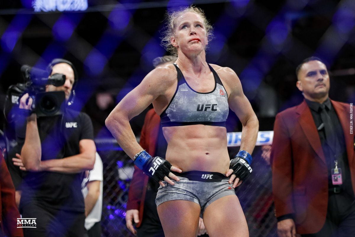 4847490fa366 Mike Winkeljohn: Holly Holm 'exactly the opposite' from Ronda Rousey after  suffering KO loss