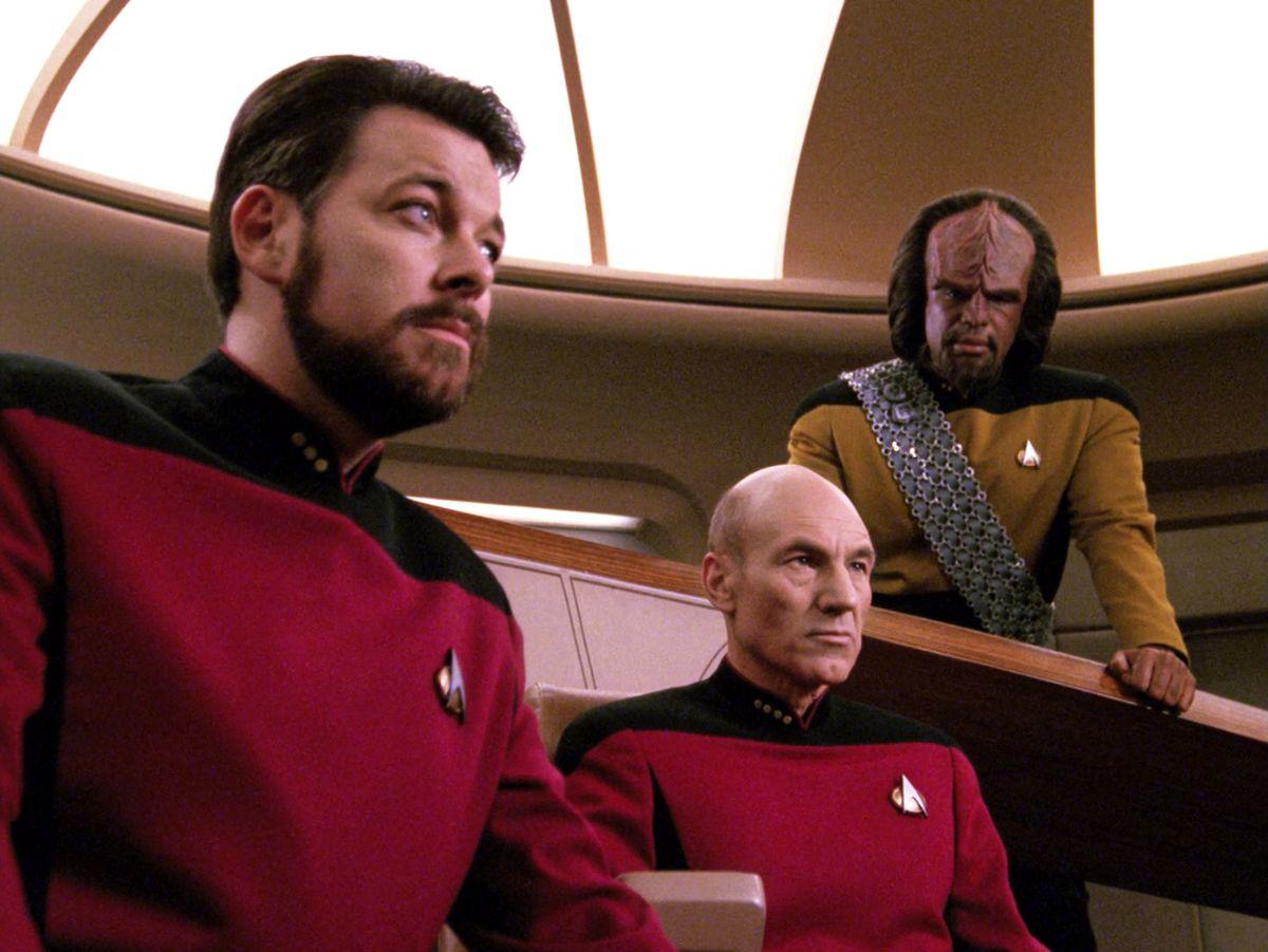Star Trek Next Generation Picard on the bridge