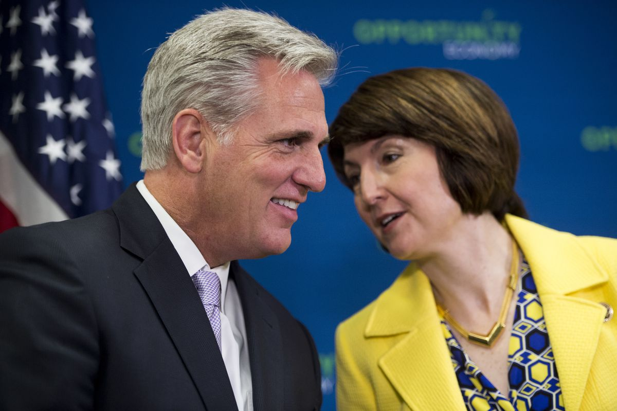 Kevin McCarthy Cathy McMorris Rodgers chatting