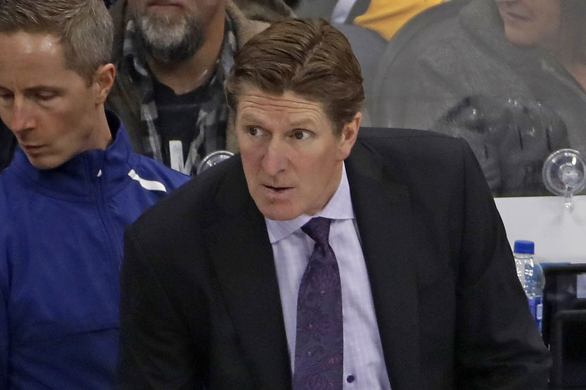 Underperforming Toronto Maple Leafs fire coach Mike Babcock