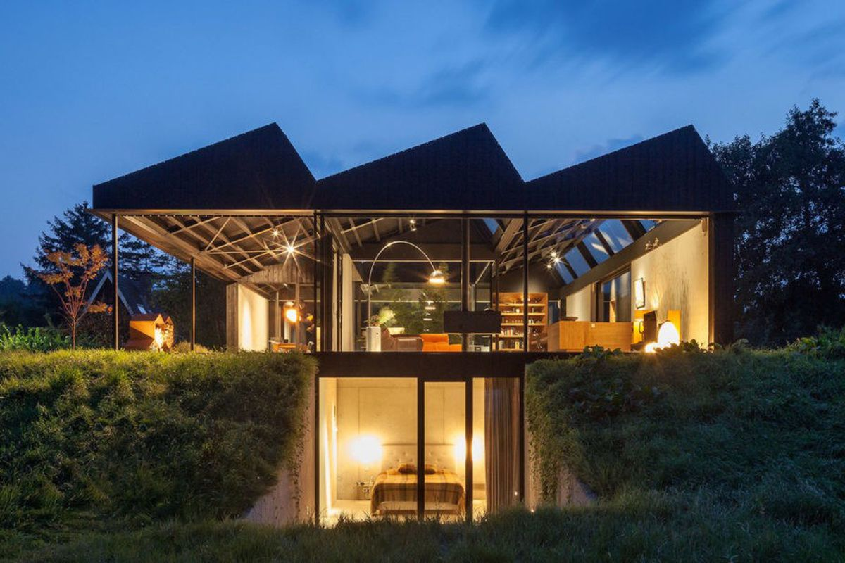 Solar Powered Modern House Is An Airy Retreat Melded Into