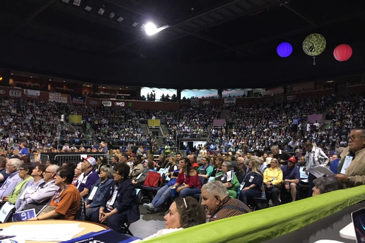 More than 3,400 delegates gathered in the First Bank Center in Broomfield Saturday for the Democratic state assembly. (Erica Meltzer/Chalkbeat)