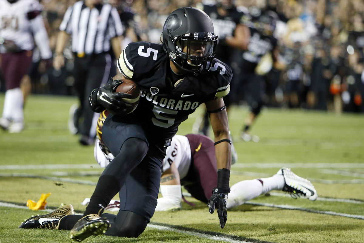 Shay Fields will look to find the end zone again against Hawaii.