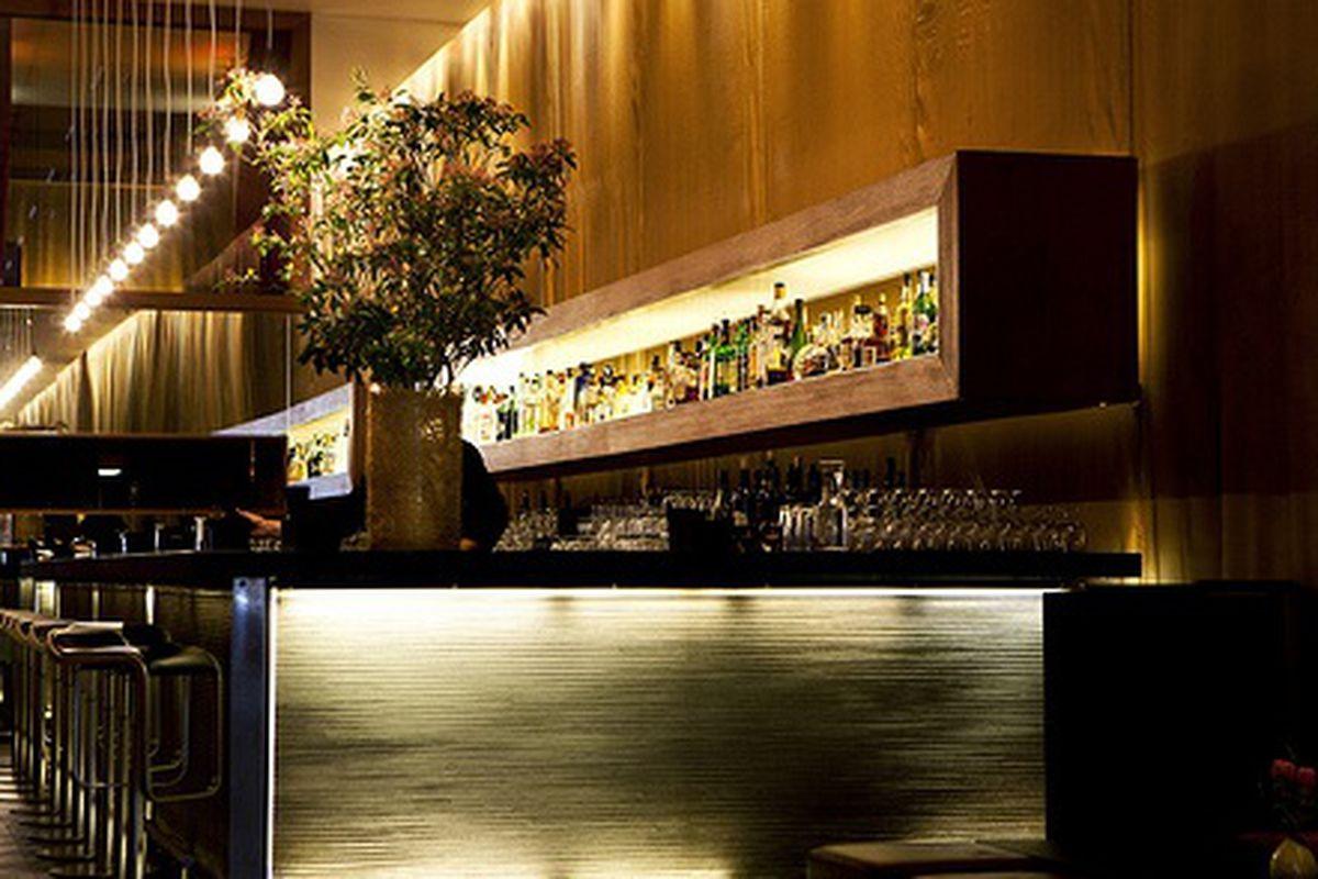 Bar at Illili