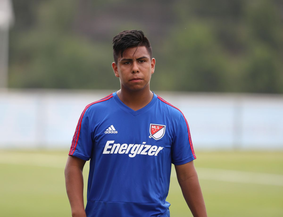 2f5741988 Efrain Álvarez trains in Atlanta in July 2018. Jason Getz-USA TODAY Sports.  What happened between U.S. Soccer ...