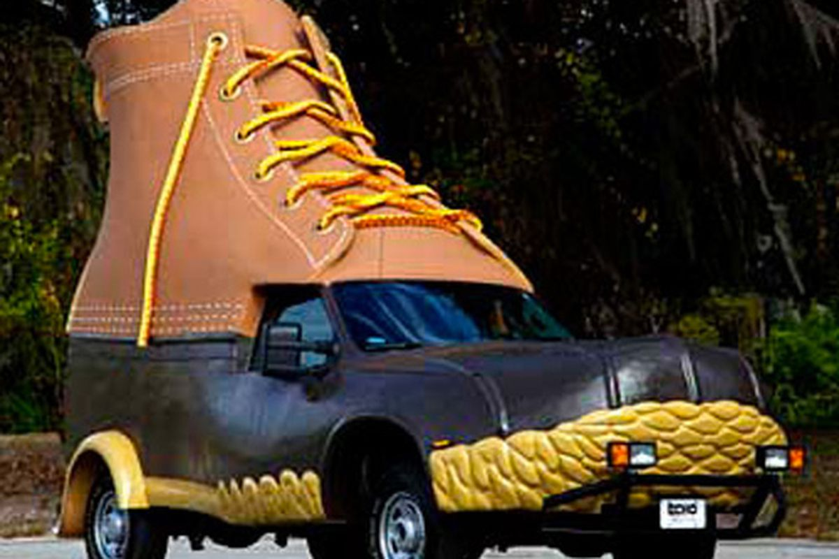 """Image via <a href=""""http://blog.navypier.com/things-to-do-in-chicago/l-l-bean-bootmobile-is-coming-to-navy-pier/"""">Navy Pier</a>"""