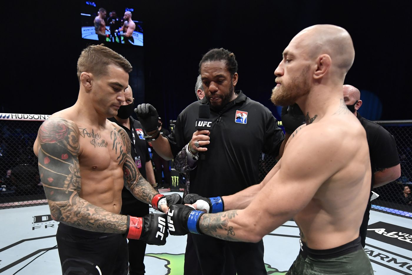 Dustin Poirier signs contract for trilogy with Conor McGregor at UFC 264 - MMA Fighting