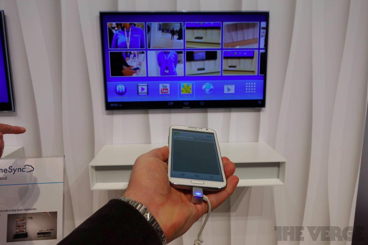 Gallery Photo: Samsung HomeSync hands-on