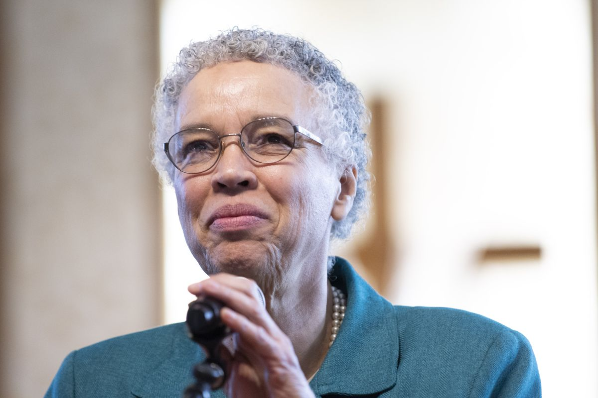 Then-Chicago mayoral candidate Toni Preckwinkle speaks in Greater Harvest Baptist Church while campaigning in March. File Photo.   Colin Boyle/Sun-Times