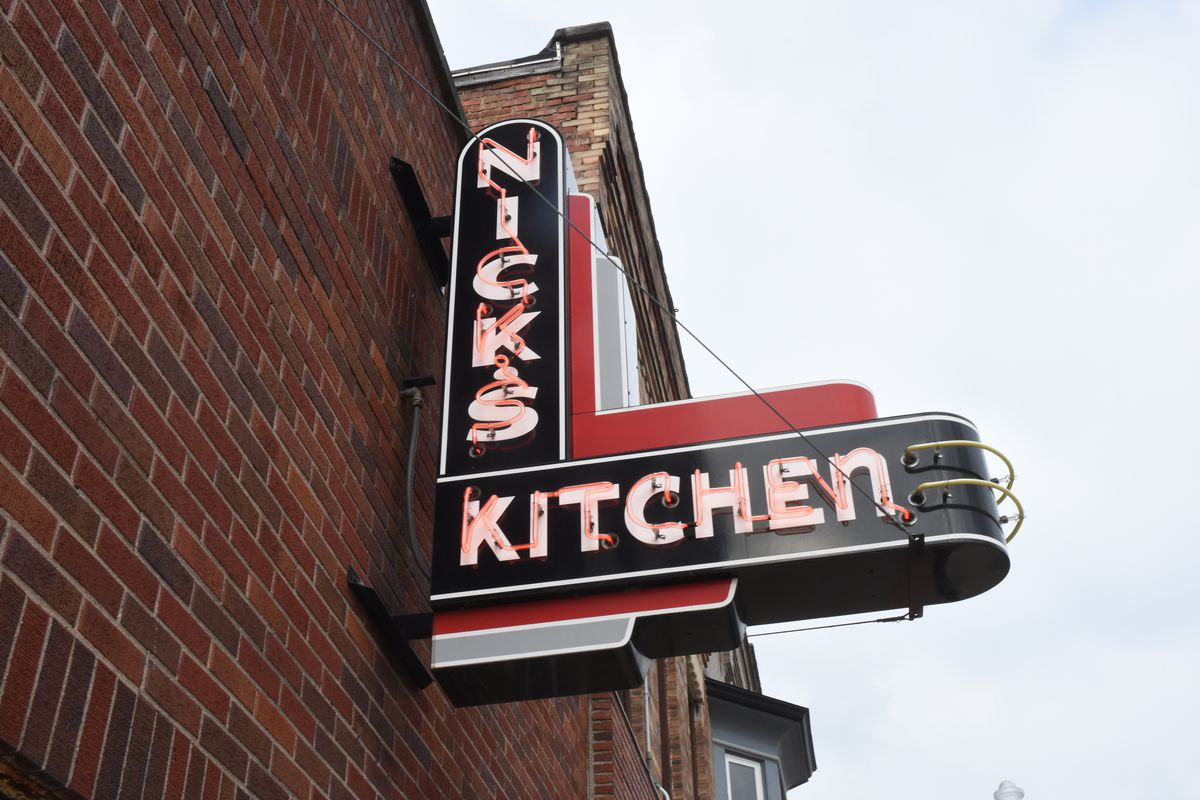 The History Of Indiana S Pork Tenderloin Sandwich Eater