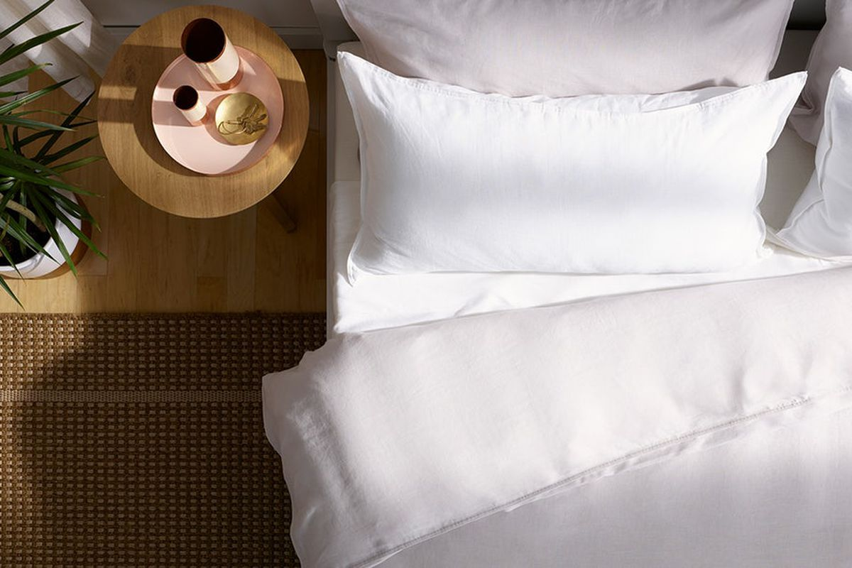 Overhead shot of bed with sheets