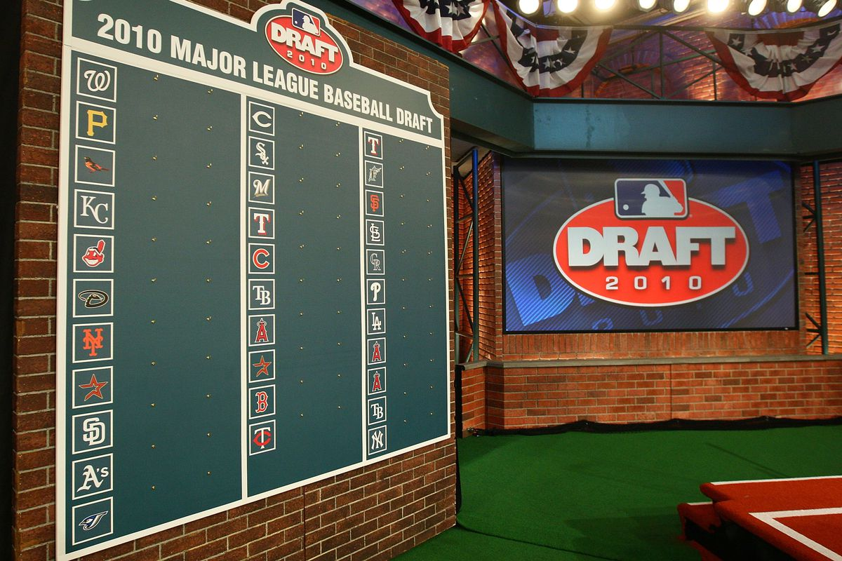 Baltimore Orioles select DL Hall 21st Overall