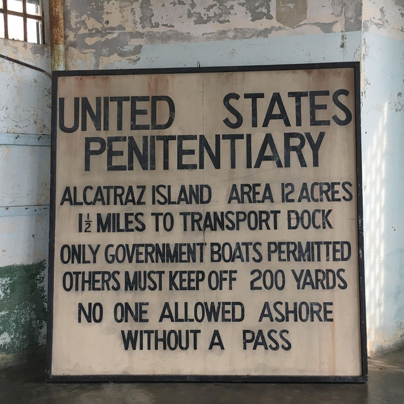 Alcatraz remains open during government shutdown - Curbed SF
