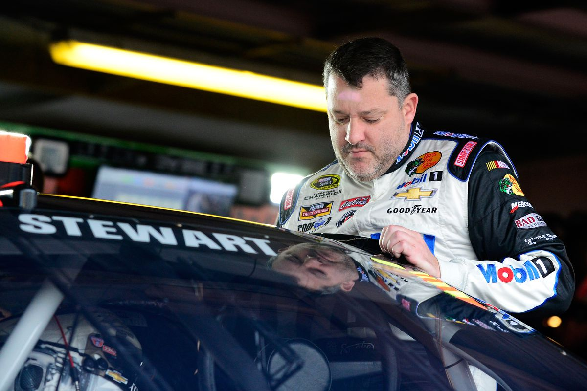 Tony Stewart reaches settlement in wrongful death suit in racetrack crash