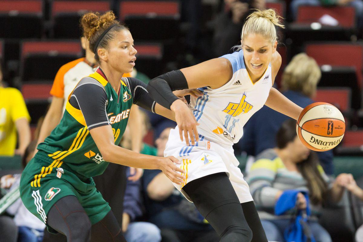 Alysha Clark defending MVP Elena Delle Donne