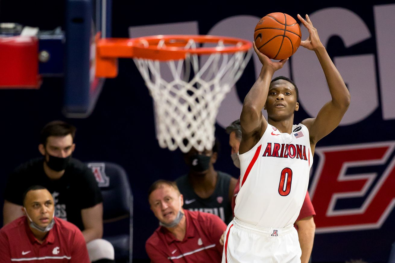 arizona-wildcats-mens-basketball-roster-scholarships-tommy-lloyd-transfers-projection-2021-pac12