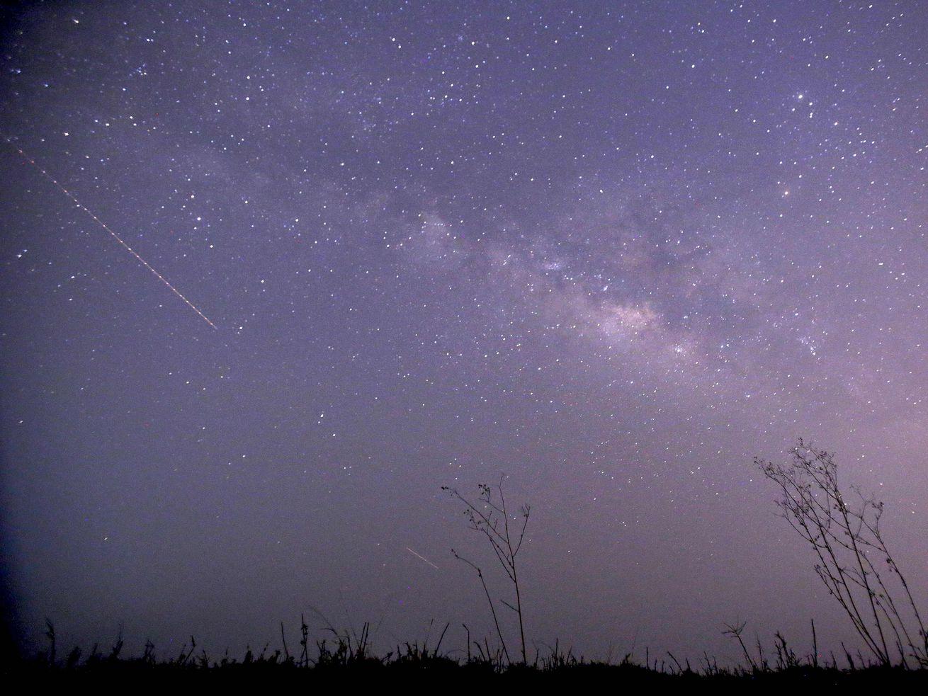 A Lyrid meteor on April 23, 2015,