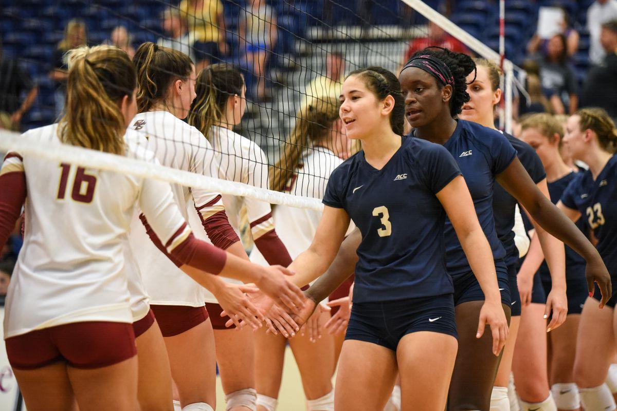 Pitt-Boston College Volleyball Match Photos