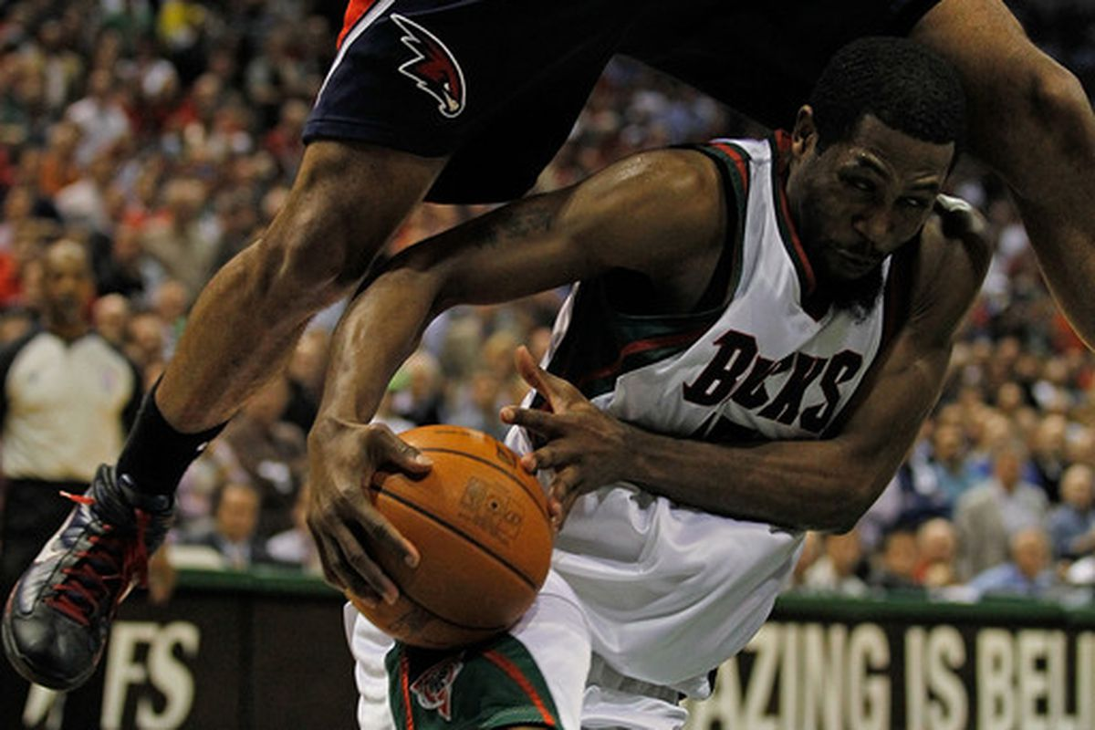 Earl Boykins taught him this move.