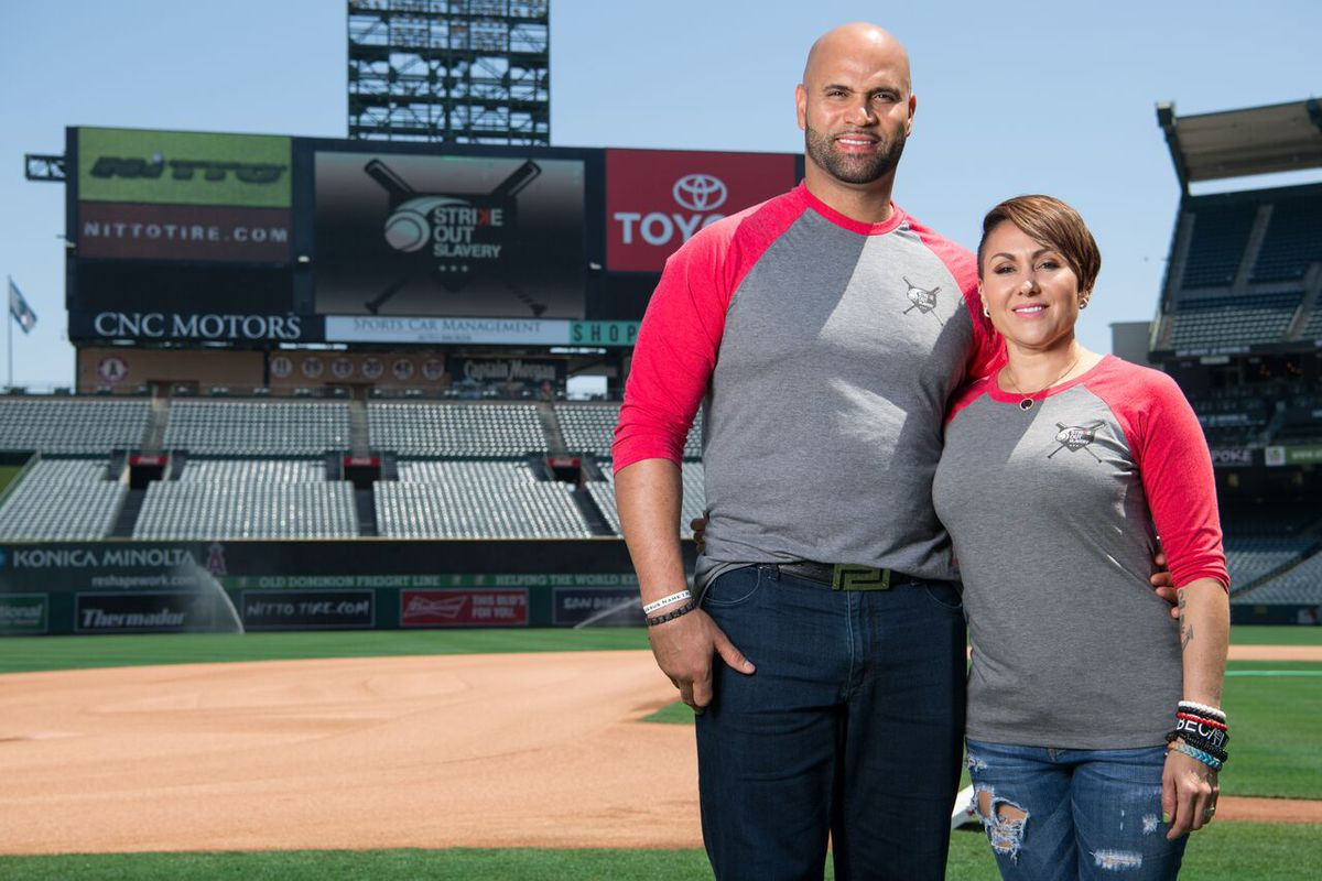 Albert Pujols with desirable, Wife Deidre