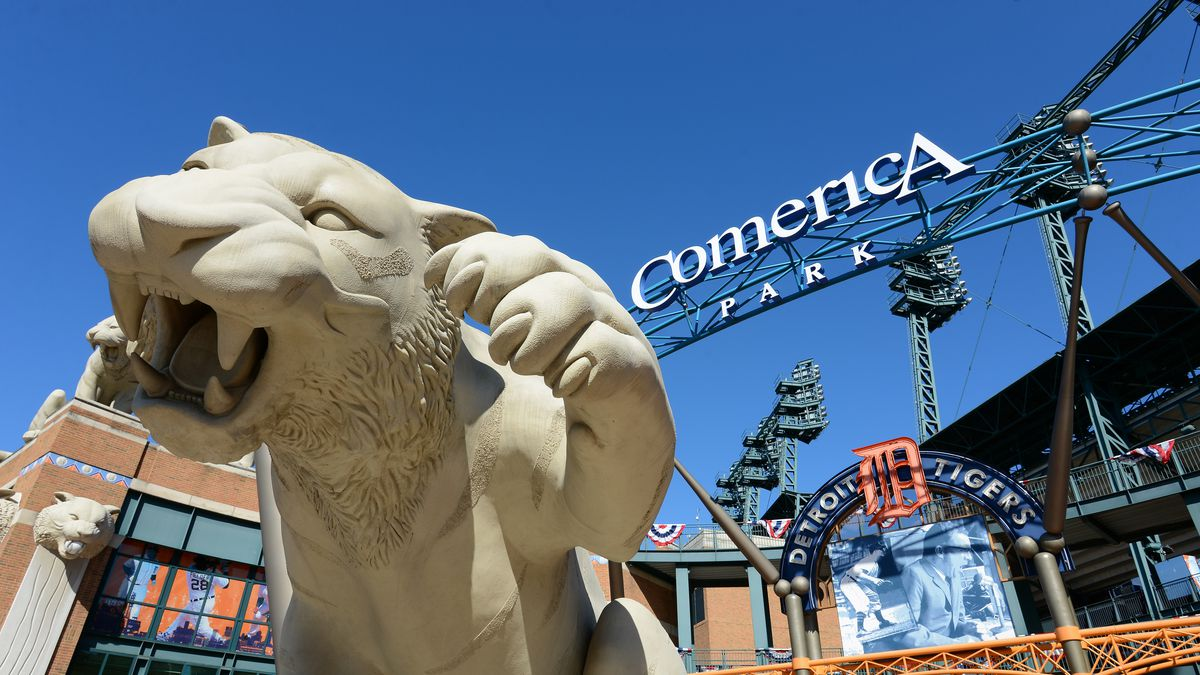 Comerica Park Dining Guide: What to Eat in the Detroit Tigers