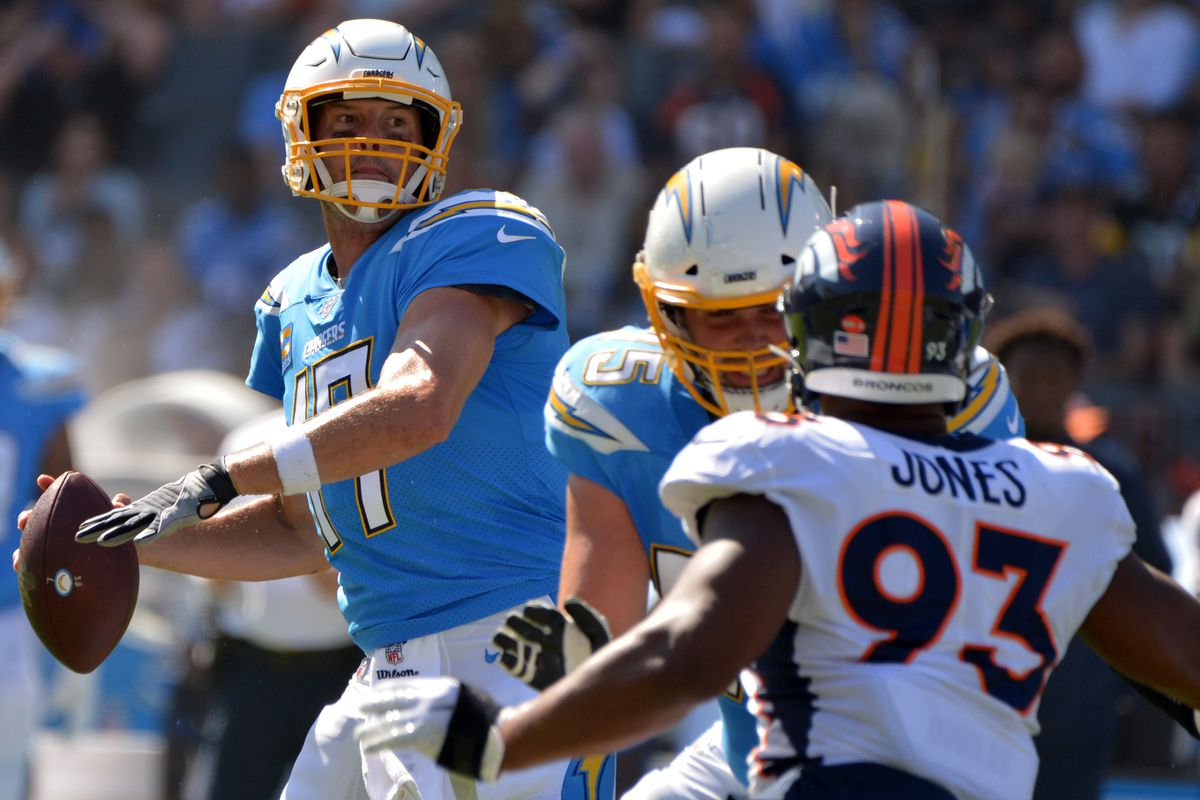 Los Angeles Chargers quarterback Philip Rivers looks to pass during the second quarter against the Denver Broncos at Dignity Health Sports Park.