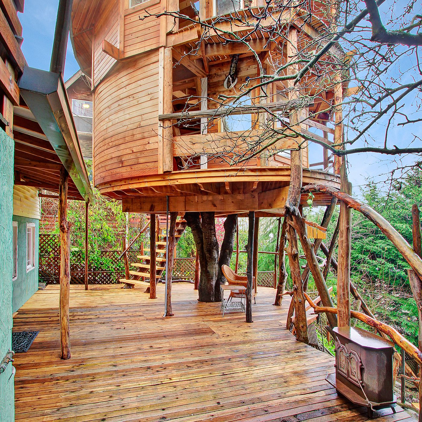 Multistory Mount Baker treehouse on the market for $600K - Curbed ...
