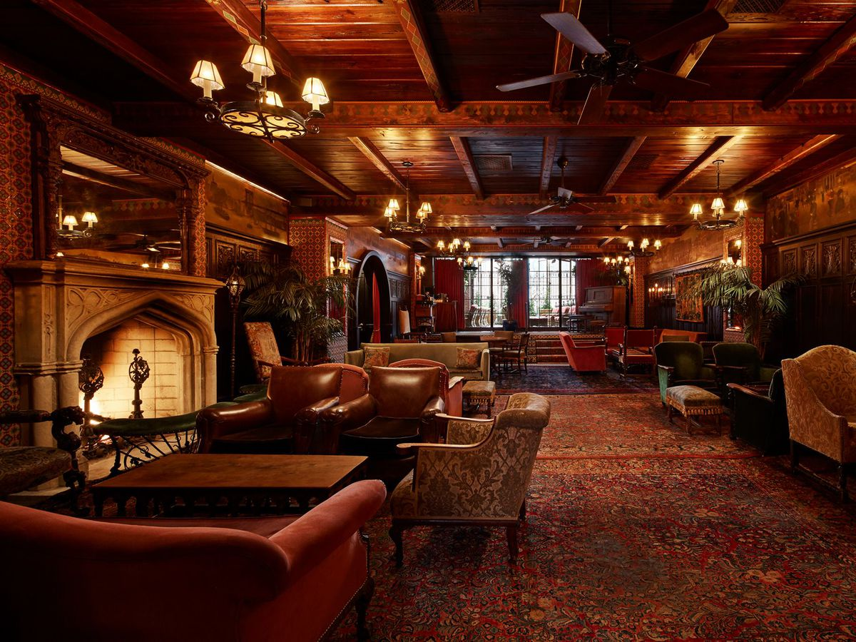 19 Outstanding Nyc Hotel Bars Eater Ny