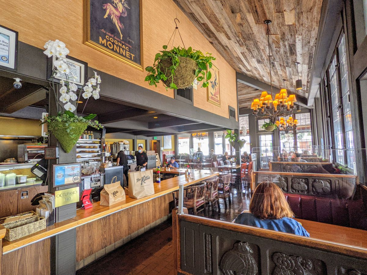 Dining room at the Kettle in Manhattan Beach.