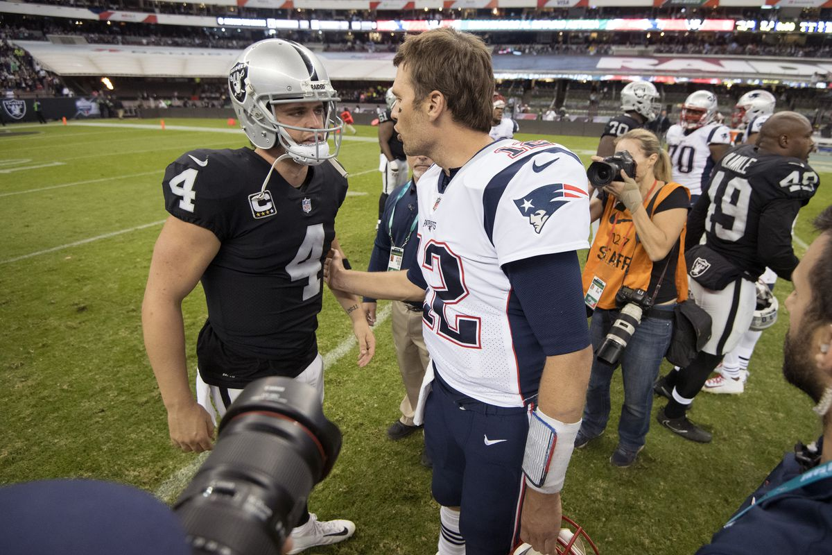 low priced e479b c28dc Looks like Raiders QB Derek Carr could be headed to 2018 Pro ...
